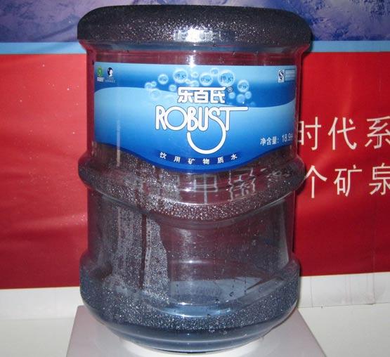 乐百氏矿泉水-蓝剑桶装水-广安蓝剑水连锁|冰川时代